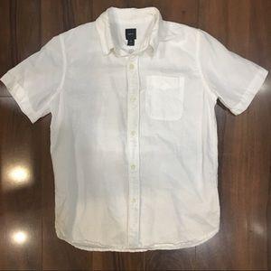 GAP short sleeve button up shirt